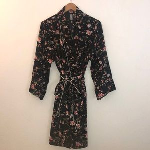 Gap Body silky robe with pink and white flowers